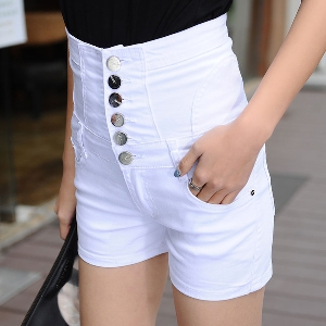 Дамски къси дънки с висока талия в четири цвята.