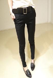 Дамски стилен пролетен панталон.
