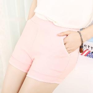 Цветни къси дамски панталони - 17 модела