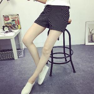 Дамски къси панталони подходящи за ежедневие - 2 цвят