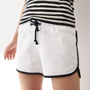 Дамски къси панталони в цикламен,зелен,сив,бял,син и черен цвят