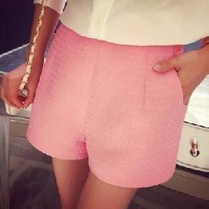Къси дамски панталони в черен,розов и бял цвят - 3 модела