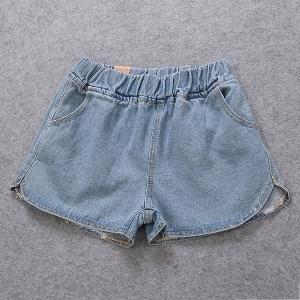 Дамски къси дънкови панталона  два модела светли и тъмнни.