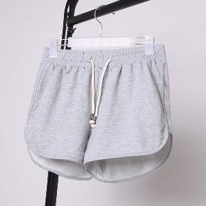 Къси дамски панталони в различни цветове - 8 модела