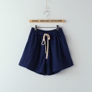 Къси дамски панталони - различни модели и цветове