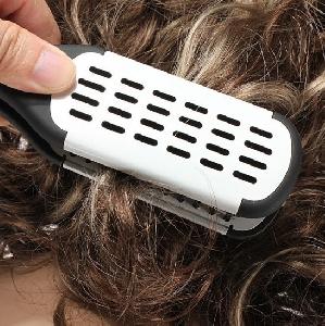 Четка за коса с Турмалинова пластина