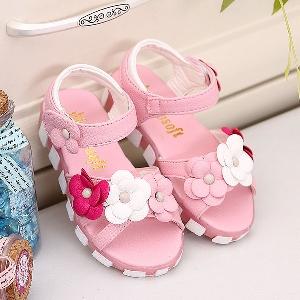 3f8a9b5c3b3 Детски сандали за момичета бели и розови на цветя - Badu.bg - Светът ...