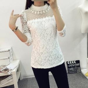 Дамска дантелена блуза с перли