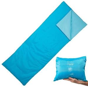 Спален чувал подходящ за спане на открито в три цвята