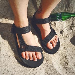 Мъжки плажни сандали един модел-черни.