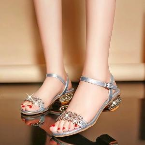 Дамски блестящи сандали в три цвята - черни, сребристи и златисти