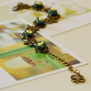 Дамски гривни със цветни мотиви