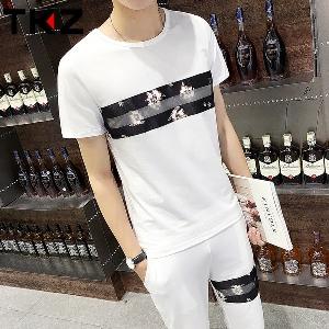 Мъжки летен спортно-елегантен комплект от тениска с къси ръкави и къси панталони - черни, бели и сини