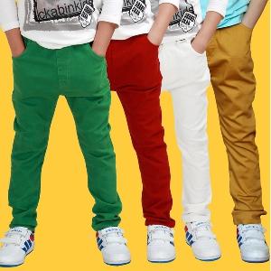 Детски цветни пролетни дълги панталони за момчета.