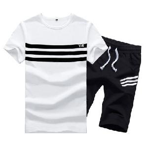 Мъжки летен спортен екип от тениска с къс ръкав и къси панталони сиви, черни, червени комбинации с щампи