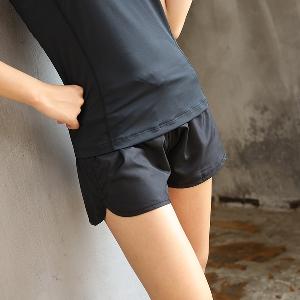 Дамски бързосъхнещи йога фитнес  шорти 2 модела