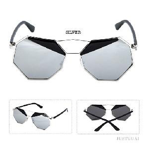 d24c5410ed Οι γυναίκες πολυγωνικό γυαλιά ηλίου σε τρία χρώματα. - Badu.gr Ο ...