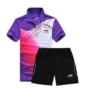 Мъжки спортни екипи, тениски с къс ръкав сини, оранжеви и лилави и къси панталони