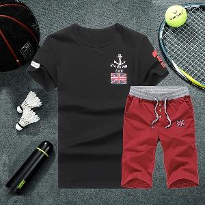 Мъжки спортни екипи тениска и къси панталони-4 модела.