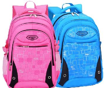 Два размера раници за училище подходящи за момчета и момичета различни цветове.