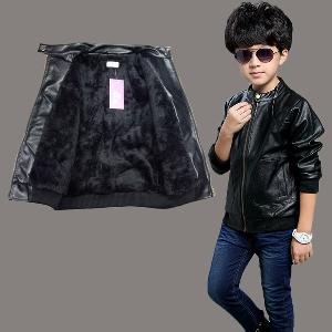 8646d3bb75a Δερμάτινα παιδικά μπουφάν από συνθετικό δέρμα για αγόρια σε μαύρο και καφέ  χρώμα για το φθινόπωρο