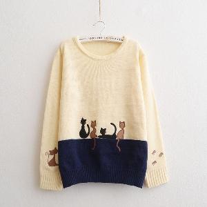 Женски пуловер с бродерия на коте
