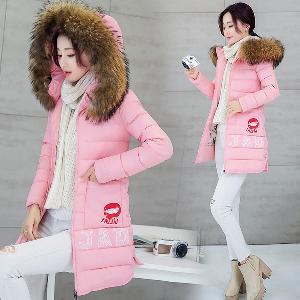 μακρύ χειμώνα σακάκι των γυναικών με κουκούλα κάτω για να φιλήσει απλικέ