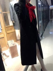 Γυναικείο μακρύ και κομψό μάλλινο παλτό σε 2 σχέδια - κόκκινο και μαύρο  χρώμα 39c741b4aca