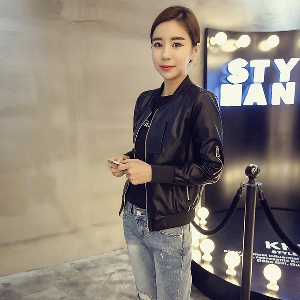 Стилно и красиво  дамско яке от изкуствена кожа за всеки повод