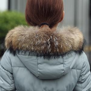 Вталено зимно палто с качулка - Черен, Червен, Зелен, Син цвят.