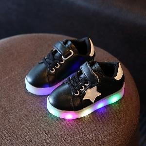 97f3b322517 badu.gr - Παιδικά αθλητικά παπούτσια με φωτάκια για αγόρια κια κορίτσια σε  χρώμα ...