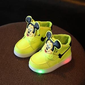 29c64592367 badu.gr - Παιδικά αθλητικά παπούτσια για τα κορίτσια και τα αγόρια με  φωτάκια και με ...