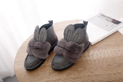 Γυναικείες χειμερινές βελούδινες μπότες με αυτιά