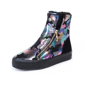 Κομψές γυναικείες μπότες με φερμουάρ και μοτίβο γραφίτη