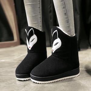 Ζεστές γυναικείες μπότες  σε μαύρο και κόκκινο χρώμα με κινούμενα σχέδια