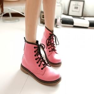 Φθινόπωρο casual μπότες με μαύρους κρίκους διατίθενται σε τρία χρώματα από τεχνητό δέρμα