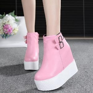 Женски есенни и зимни обувки с 12см платформа в бял, черен, розов цвят.