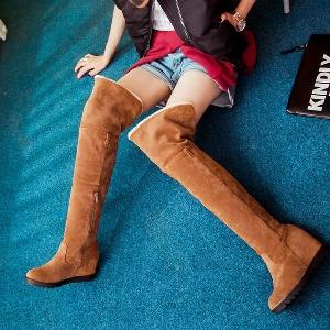 Дамски ботуши до коляното с пух в четири цвята