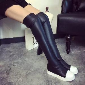 Дамски кожени  еластични ботуши в класическо черно