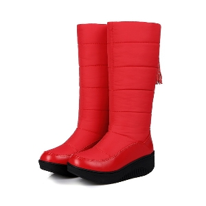Дебели ергономични дамски ботуши - водоустойчиви, в черен и червен цвят