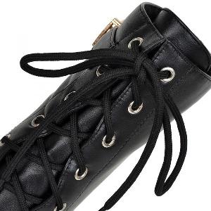 Дамски кожени боти в черен, кафяв и тъмнокафяв цвят с катарама и връзки на ток
