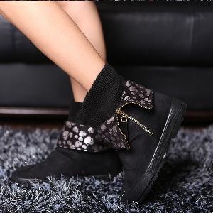 Γυναικείες  μπότες σουέτ σε μαύρο, κόκκινο και καφέ χρώμα με εσωτερική διακόσμηση