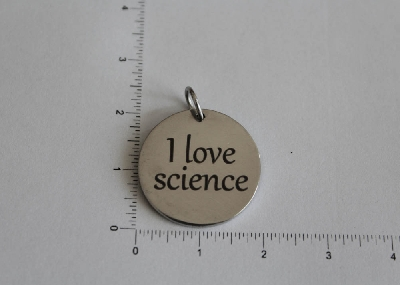 "Медальон ""I love science"""