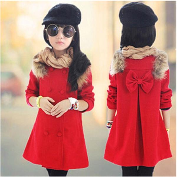 Παιδικό χοντρό παλτό για κορίτσια σε κόκκινο χρώμα - με γούνα και κορδέλα  στη πλάτη και διπλή σειρά από κουμπιά - Badu.gr Ο κόσμος στα χέρια σου 005e18ba893