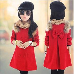 Παιδικό χοντρό παλτό για κορίτσια σε κόκκινο χρώμα - με γούνα και κορδέλα  στη πλάτη και 5e829401426