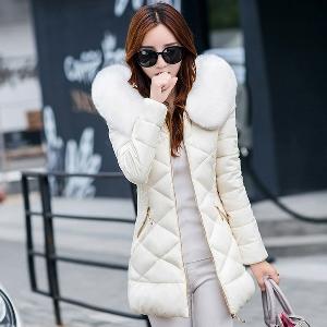 Дамско зимно яке с цветен пух
