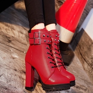 Дамски НОВИ зимни боти с висок ток с платформа в червен и черен цвят