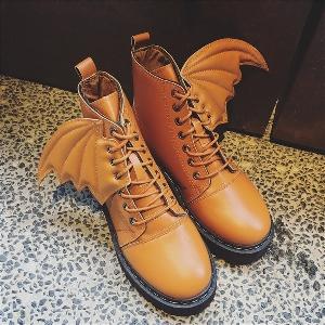 Γυναικείες δερμάτινες μπότες με φτερά: μπορντό, μαύρο και καφέ χρώμα
