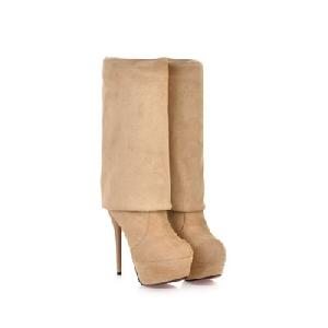 Γυναικείες μπότες με ψηλά τακούνια