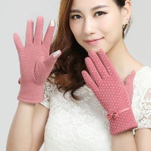 Топли дебели ръкавици на точки за жени с панделка в розов, кафяв, бежов, черен и червен цвят
